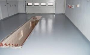 2 nalivnoj-pol-v-garazhe