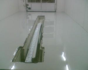 4 nalivnoj-pol-v-garazhe