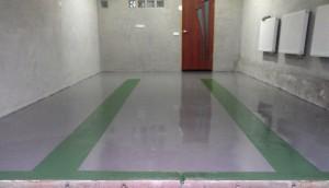 5 nalivnoj-pol-v-garazhe